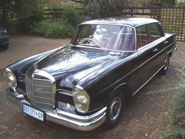 1962 mercedes benz 220 series classic automobiles for 1962 mercedes benz