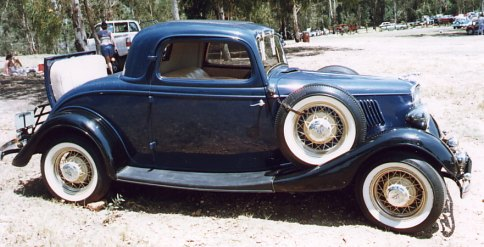 Ford_33_Blue_3-window_coupe.jpg
